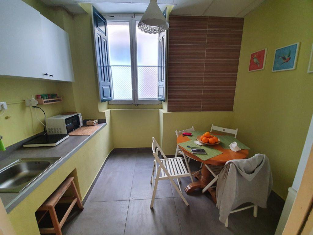 La cocina compartida de nuestro albergue de Sarria