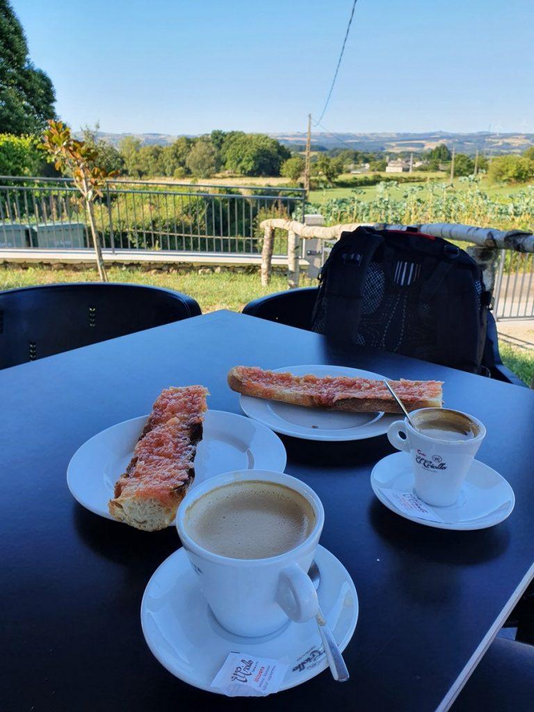 Desayunando en el Camino de Santiago desde Sarria