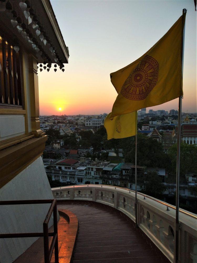 Bajada Wat Saket
