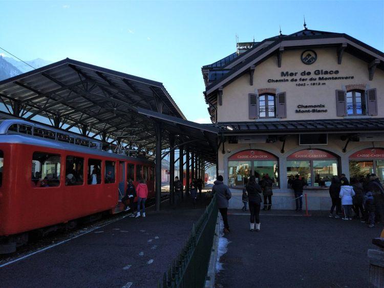 Estación_Mer_de_glace