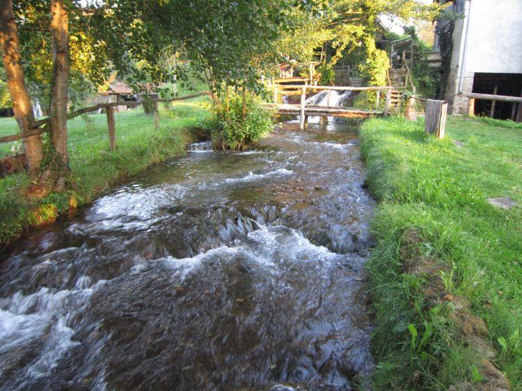 río en Rastoke