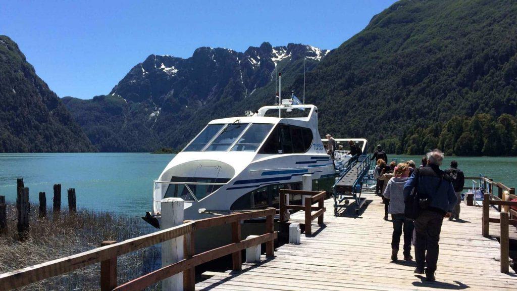 Puerto Blest excursion Camino a Lago Frias