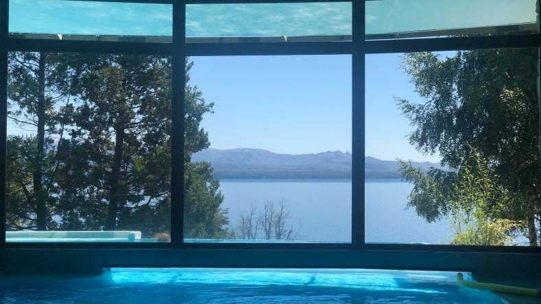 Hotel Design Suites Bariloche pileta