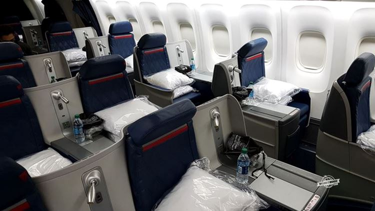 Assentos - Classe Executiva Delta One do 767 (ATL - GIG)