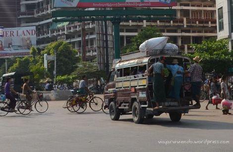 Transporte local en Birmania (actual Myanmar)
