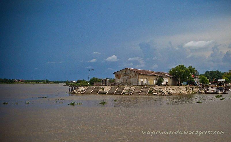 el rio en Victoria Entre Rios