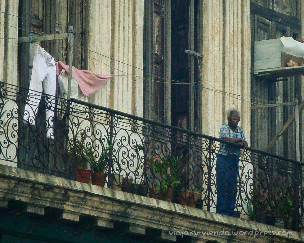 balcon en la habana cuba