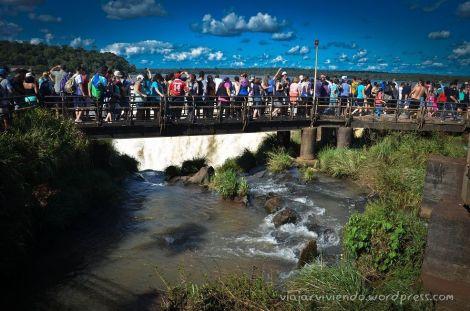 Y por fin llegamos a ver el gran atractivo de Iguazú... la gente!!