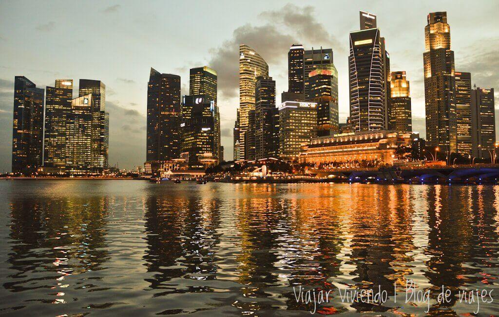 alojarse en Singapur barato