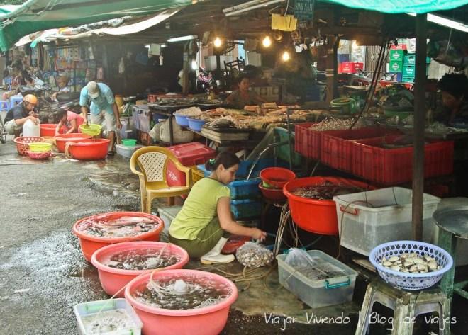 mercado ho chi minh vietnam