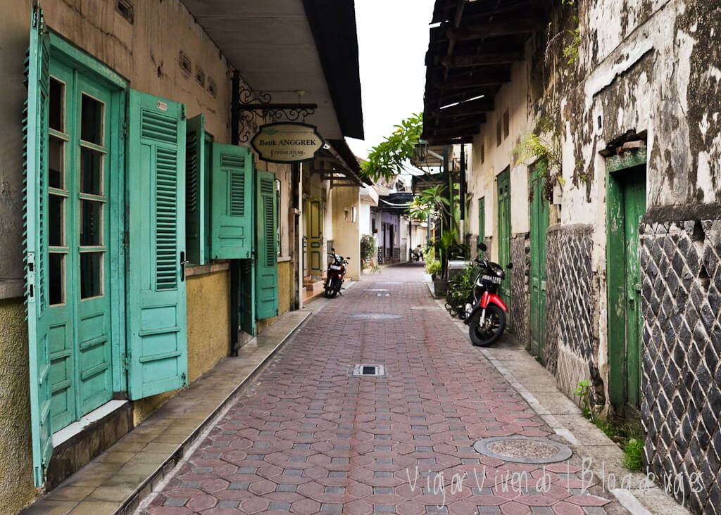 calle en Solo, Java, Indonesia