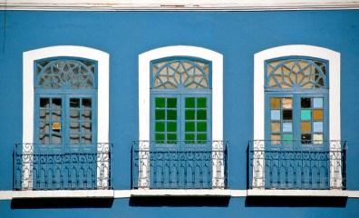 Tres ventanas de un edificio de São Luís