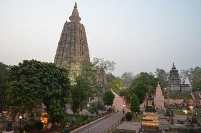 Vista del complejo de templos de Mahabodhi