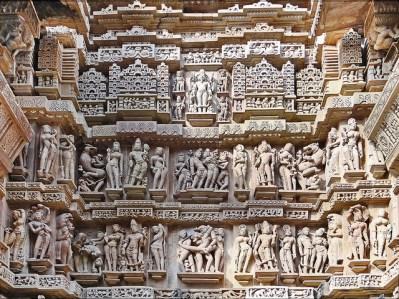 Esculturas acumuladas en Lakshmana