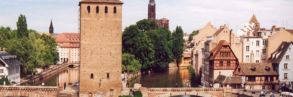 Estrasburgo, un escenario urbano europeo: de la Gran Isla a la Neustadt