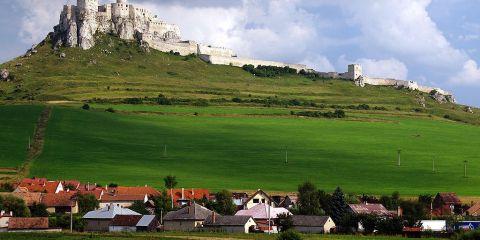 Levoča, Spisský Hrad y monumentos culturales anejos