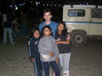 Coroico, Bolivia.... con niñas de un horfanato.