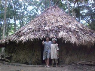 Indios coguis en Parque Tayrona. Ahi dormí!