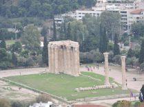 Muros frente a la acropolis