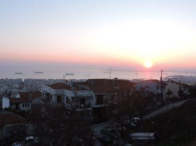 Una tarde cualquiera en Barrio anarquista de Thessaloniki