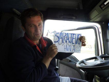 Alen con mi cartel a Sarajevo