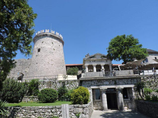 Una de las vistas, al entrar al castillo