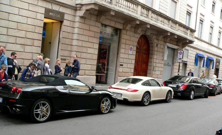 Coches lujos Milán