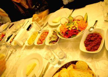 Meze Comida Turca Estambul