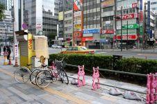 Centro de Tokio dónde hasta unas simples vallas son bonitas