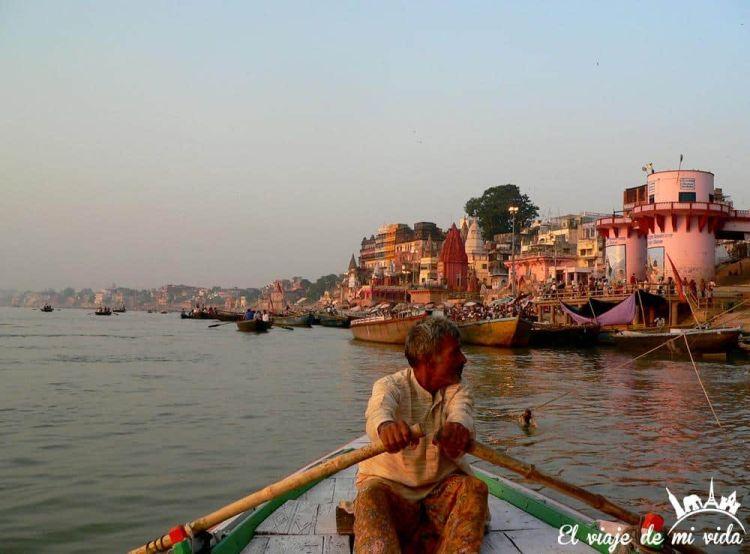 Paseo en barca por Benarés