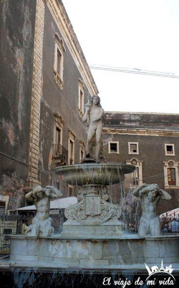 Estatua dell Amenano Catania Sicilia