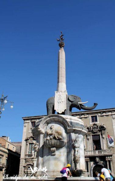 Fuente Elefante Catania Sicilia