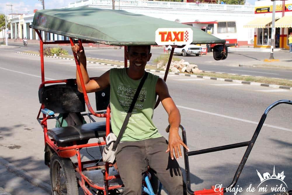 Bicitaxi Malecón Cienfuegos Cuba