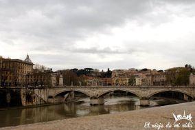 Rio Tiber en Roma