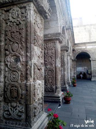 Patio de la Compañía de Jesús en Arequipa