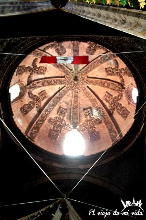 Iglesia de Pomata en Perú