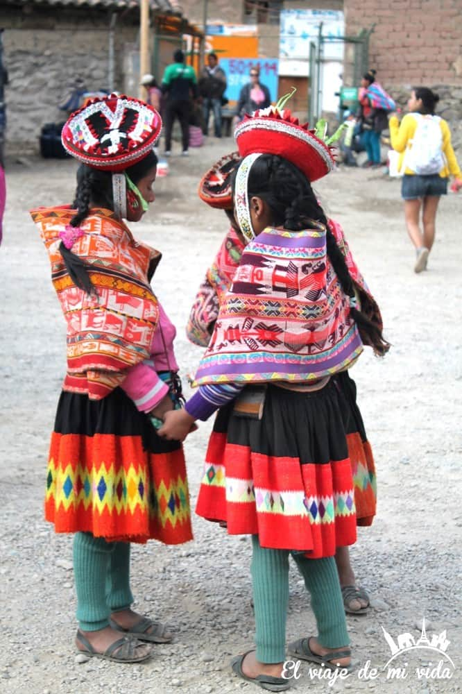Niños en Ollataytambo, Perú