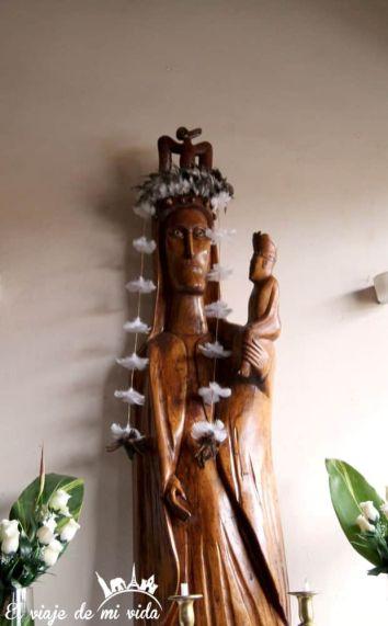 Iglesia de Hanga Roa en la Isla de Pascua