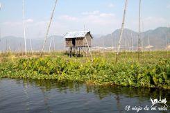 Casas junto al lago Inle, Myanmar