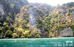 El verde esmeralda de la bahía de Phang Nga, Tailandia