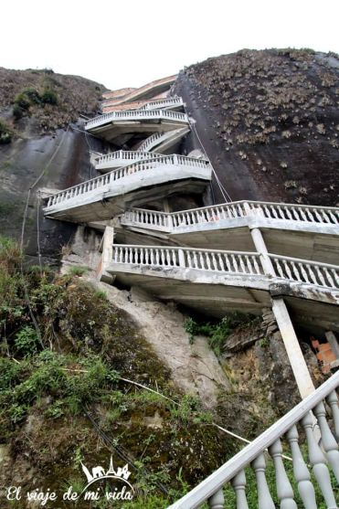 Pagar por subir todas esas escaleras, jajaja