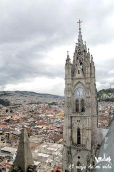 basilica-voto-naciona-quito-ecuador