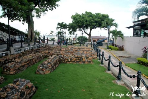Restos de la antigua fortaleza de Guayaquil, Ecuador