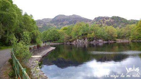 Lago Katrine en Escocia