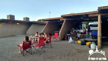 Camping en el Río Colorado en el desierto de Mojave
