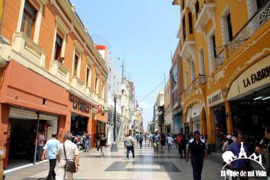 De compras por Jirón Camaná en Lima