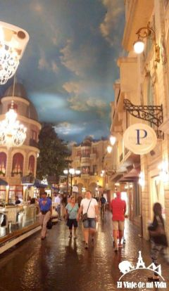 Interior del hotel-casino París