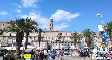 La puerta áurea frente al puerto de Split