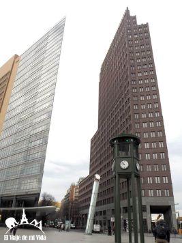 Postdamerplatz y el primer semáforo de Europa