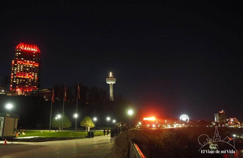 Niagara Falls de noche
